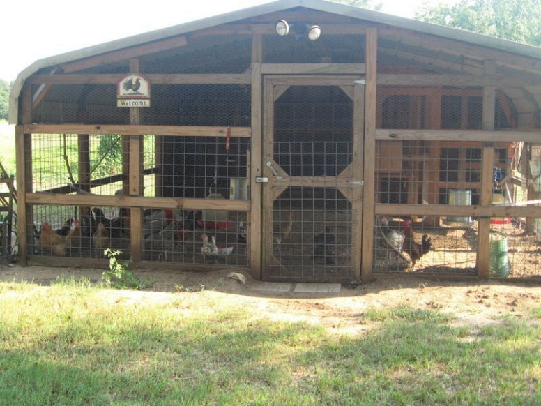 Carport = Chicken Coop! Don't plan to have chickens when I move but ...